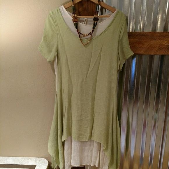 06579089f4 Artsy 2 layer linen dress M   necklace. M 5bba3e2dc89e1daec5235c2e